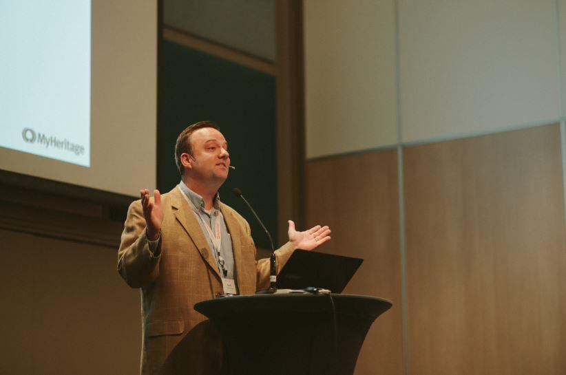 ג'ף רסמוסן, מייסד ומגיש הסמינרים המקוונים Legacy Family Tree Webinars